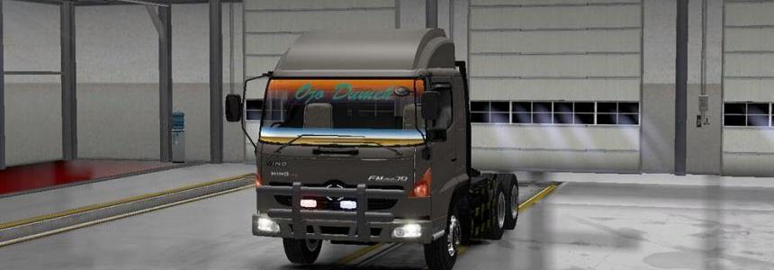 Hino 500 by S.M.T