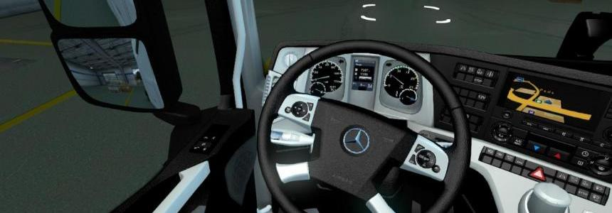 Mercedes mp4 black wihite interior 1.22