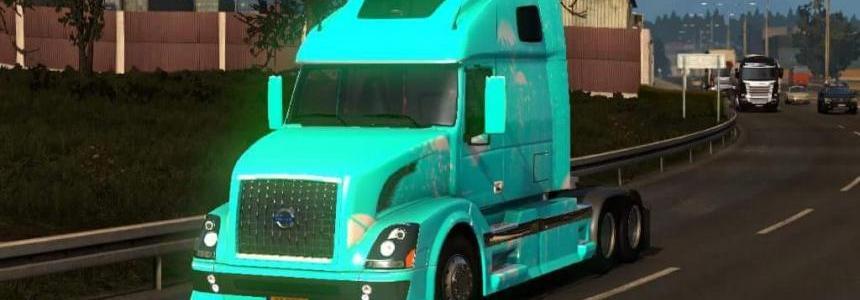 Volvo 670 Blue Skin
