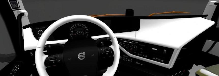 Volvo 2012 White/Black Interior