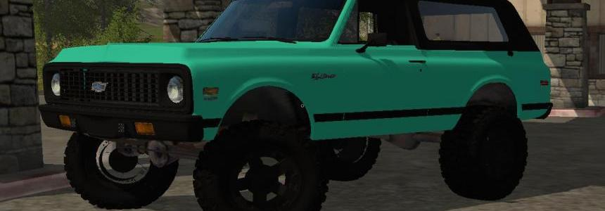 Mint Green Chevy K5 Blazer v1