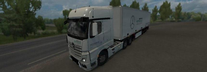Mercedes Petronas Formula one Truck & Trailer skin