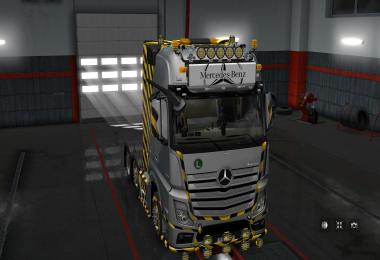 LightBox for Mercedes-Benz Actros 2014 v1.0 1.30.x