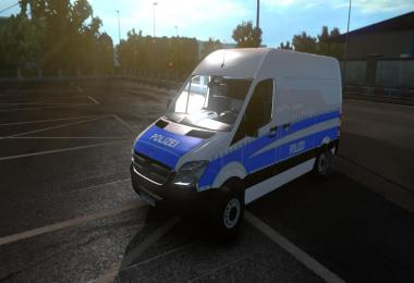 Mercedes Benz Sprinter Polizei Skin v1.0