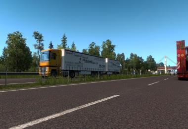 Multiple Trailers in Traffic ETS2 v3.1