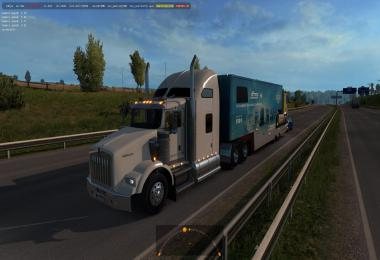 Kenworth T800 in traffic ETS2 1.32 & higher