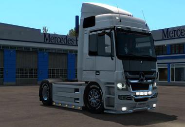 Mercedes V8 Multiplayer 1.34 – 1.35