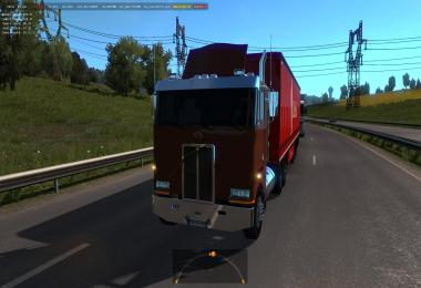 Peterbilt 362 in Traffic ETS2 1.35