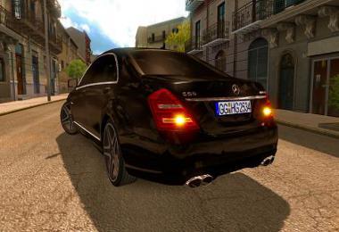 Mercedes S65 AMG 1.35 V4