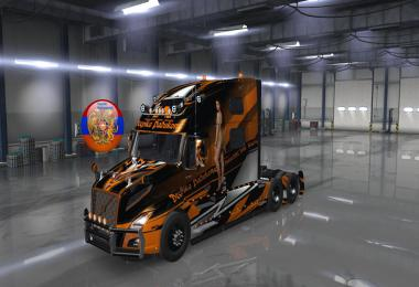 Tuning for the truck Volvo VNL 2018 v2.21 1.35