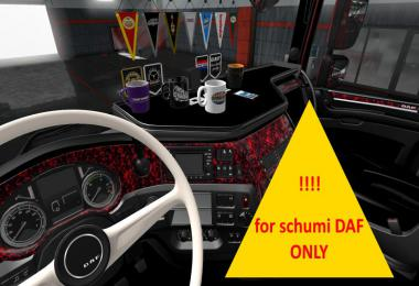 SCHUMI Daf red pluche interior v1.02