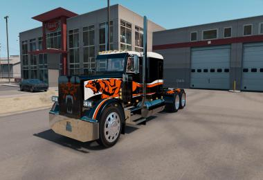 Skin CATMANDO FOR PETERBILT 389 1.35.x