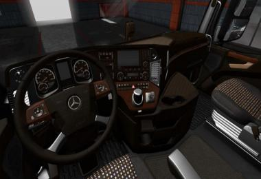Mercedes Actros MP4 LUX Wood Interior 1.36.x