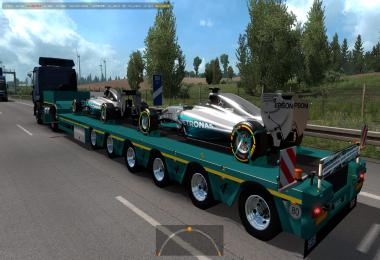 Mercedes AMG Petronas in traffic 1.36