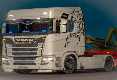 Skin Griffin Multicolor for Scania R,S 2016 v1.0
